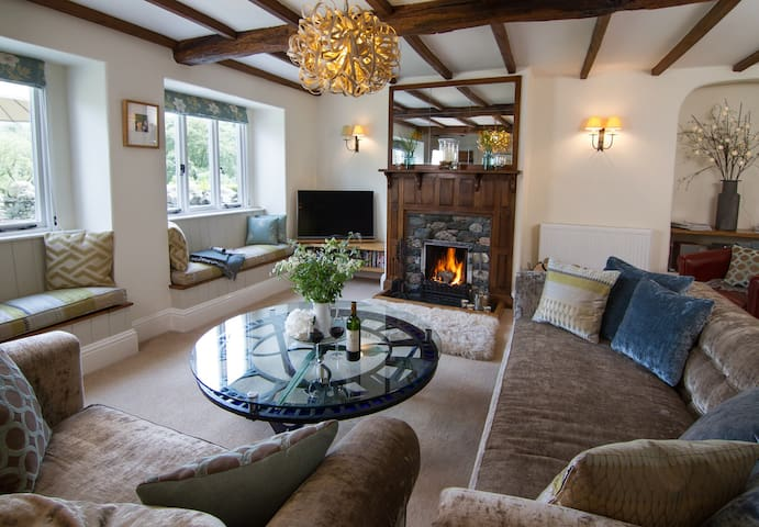 Lakeland Stone Cottage - views with luxury & cake! - Patterdale - Casa
