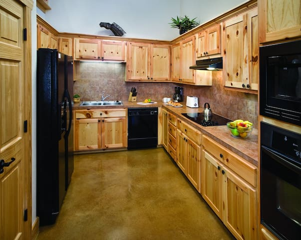 Large Kitchen For Home Cooked Meals