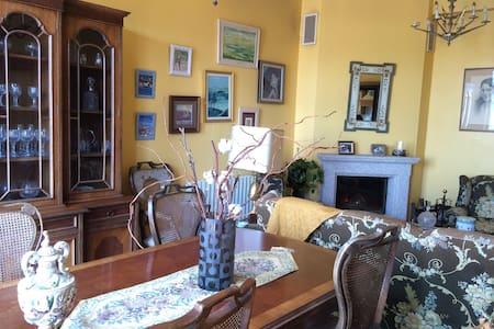 Piso en Curtís, Galicia amueblado. - Curtis