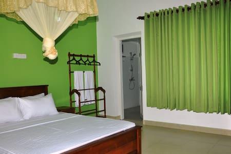 Thisira Villa - Aluthgama