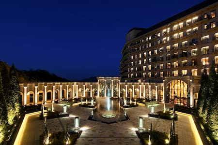神户有馬温泉XIV有馬離宫 奢华总统套房 - Kita-ku, Kōbe-shi - Boutique hotel