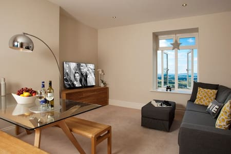 The Views, Luxury Apartment, Malvern, Sleeps 2 - Malvern Wells - Lejlighed