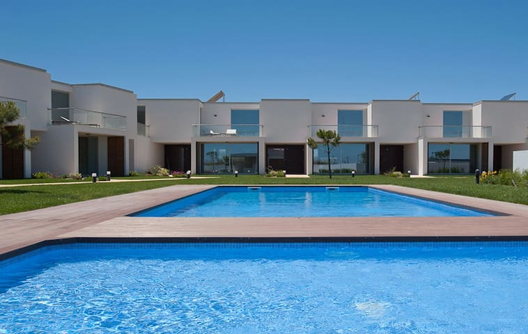 Villa Sagres B