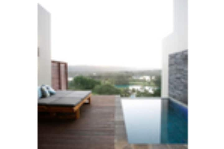 Terrace 1 bedroom Apartment - Stunning with Modern Facilities
