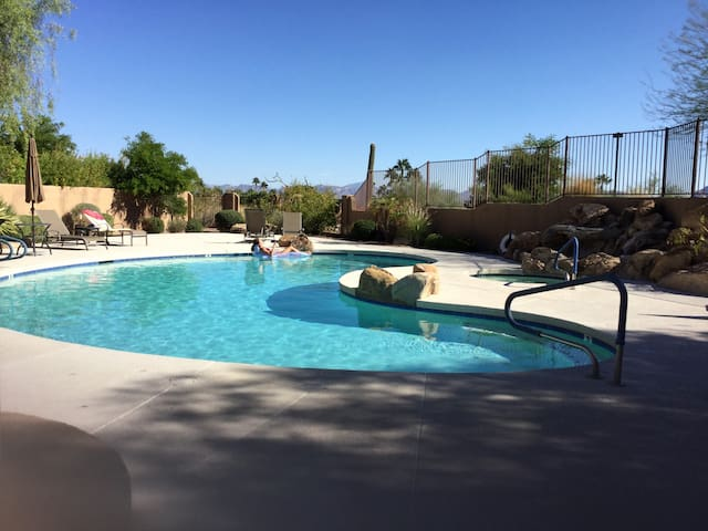 Beautiful hideaway in Fountain Hills