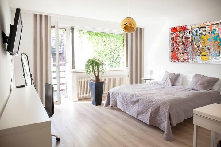 Zentrum / Luxus Schlafkomfort / frisch renoviert