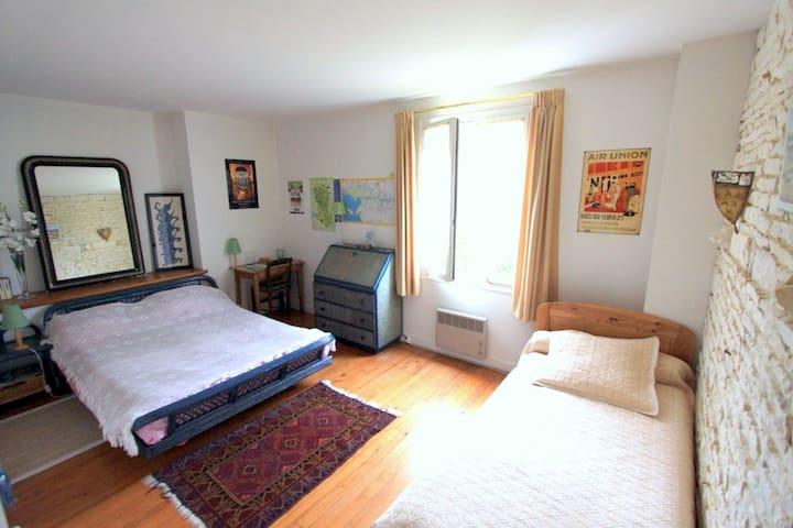 chambre vanellus avec frigidaire privatif pour 3 à 4 personnes