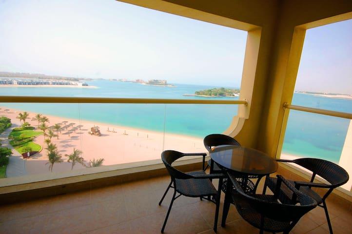 1 BR Shoreline Apartment Full Sea View