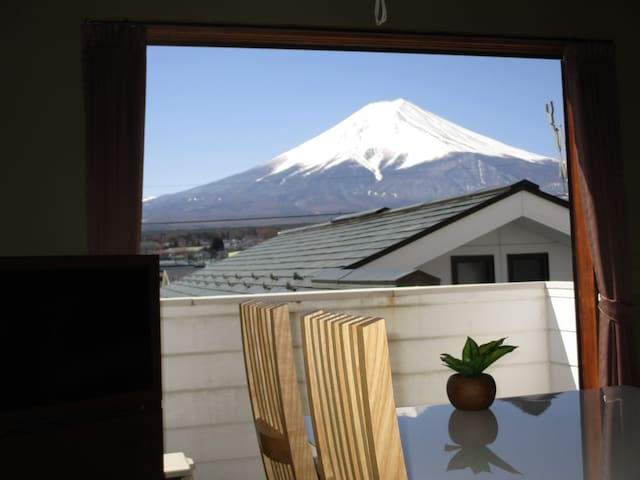 Mt Fuji View Fuji-Q 8mins, private Tsukitei 5