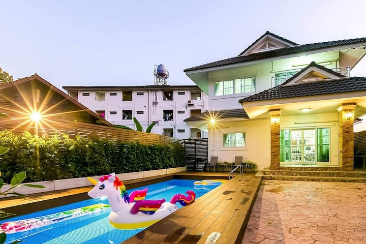 4BR★BaanSansooK★Pool Villa@Nimman★EntireHome★会说中文❤