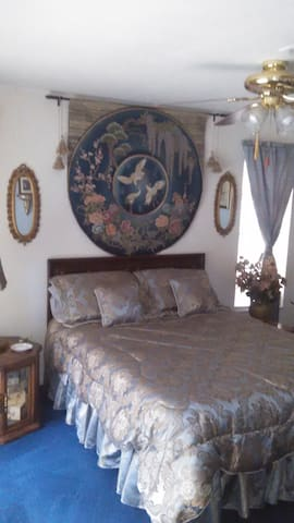 Comfortable room with private bath and Living room - Naples - Rumah