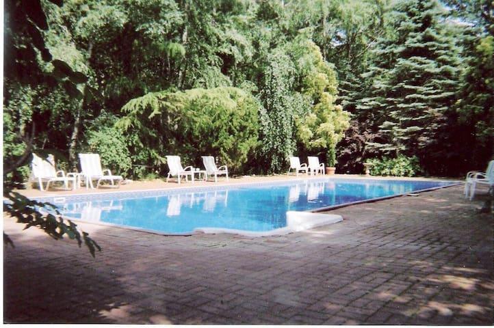 Hamptons - Family Beach House - Fall Rental - East Hampton