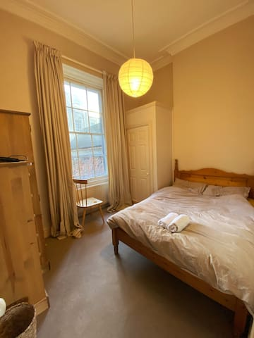 Quiet and Cozy room in Clifton, Bristol