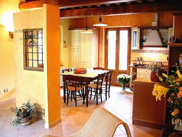 Un angolo di Paradiso a Montecatini - Montecatini Terme - Haus