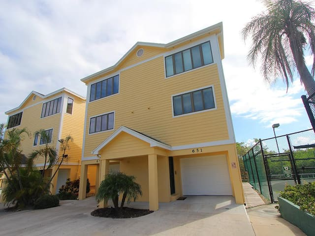 Cedars East #651 (Townhouse) - Longboat Key