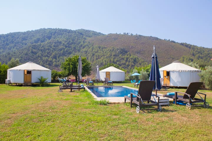 Buckingham Palace@ Avalon Steppes Luxury Glamping - Kayaköy - Tenda