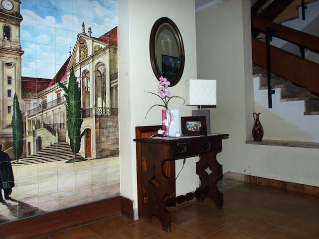 BE50persons/Breakfast&Dinner included - Coimbra - Bed & Breakfast