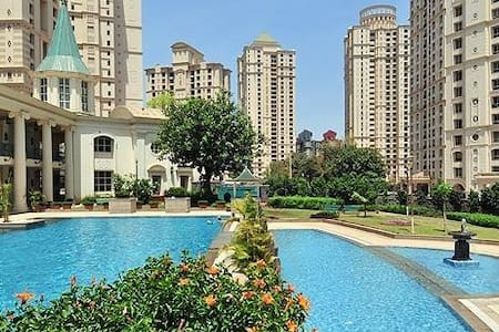 Room-21st Floor, Hiranandani Meadows, Thane-Mumbai - Thane