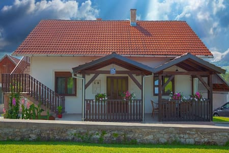 Family house Bozicevic, 15 min from Plitvice