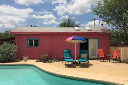 Colorful Casita with Pool - Tucson