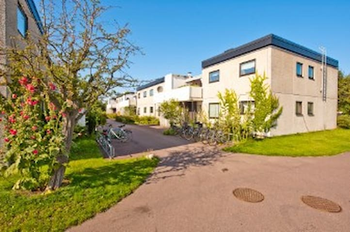 Lägenhet med egen terass - Lund - Pis