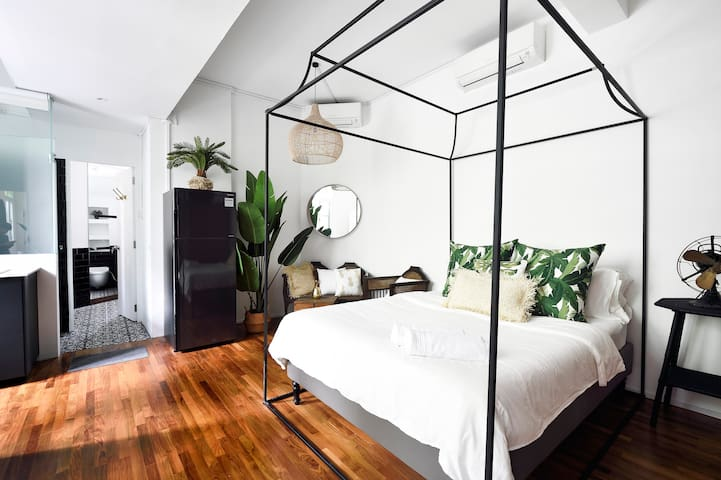 Gorgeous Heritage Straits Suite in 1920s Shophouse