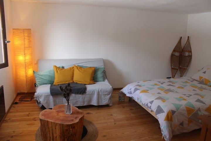 Agréable logement avec jardin et bain norvégien