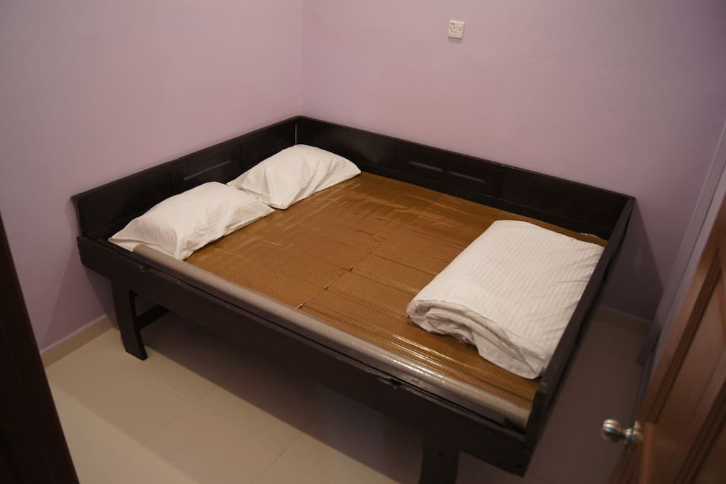 Double bed room (antique)