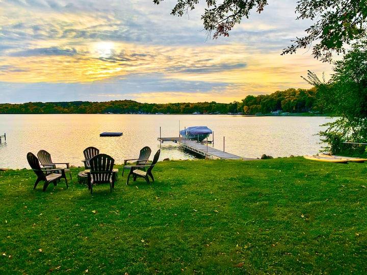 Lake Lida Retreat! Lakefront - Newly Remodeled