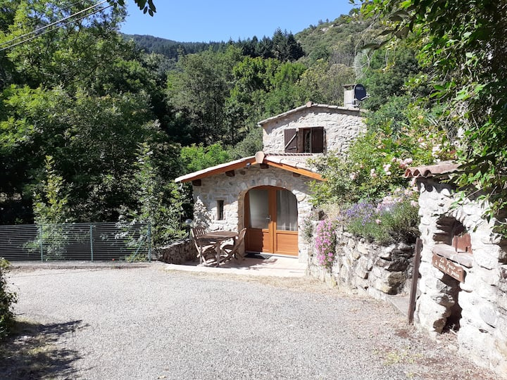 Entre Deux Ponts - your isolated place in Ardeche