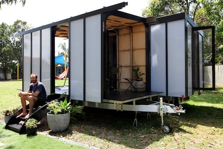 World's first Big World Home - Frenchs Forest - Wohnwagen/Wohnmobil
