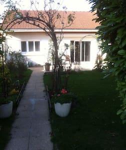 maison individuelle avec jardin - Goussainville - Hus