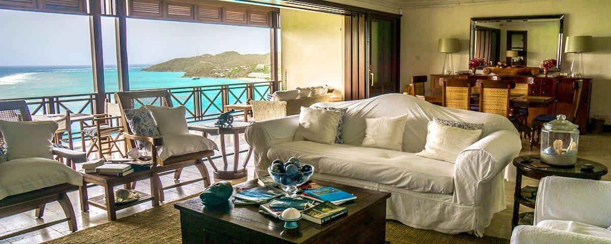 Villa Bibiluna - Spectacular Views Secluded Beach