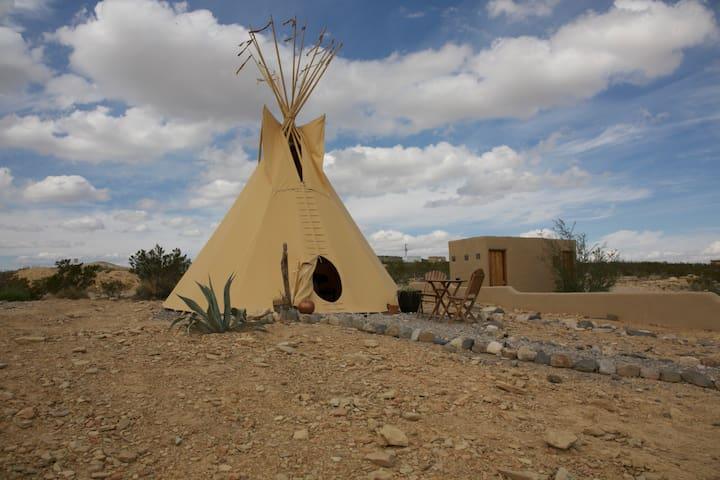 The Nomad/Terlingua Rentals - Terlingua - 圓錐形帳篷
