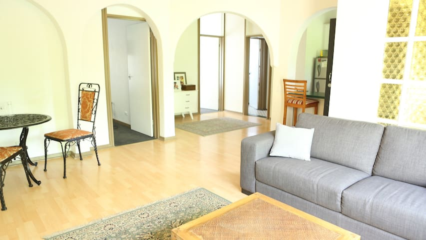 Spacious and light apartment close to town! - Kurralta Park - Apartament