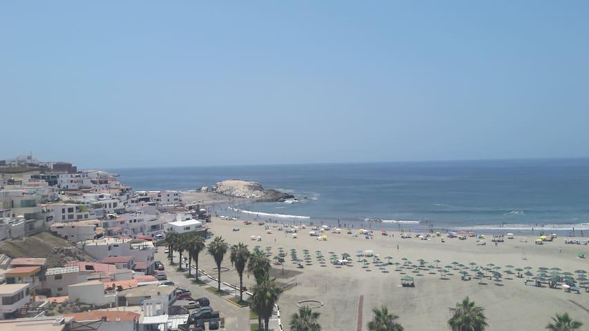 Los Girasoles, Playa Puerto Fiel - PE - Apartment