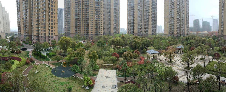 青枫公园宝龙广场旁高品质主卧1米8大床带独卫