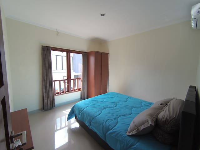 Double room in a modern new house south Bali #3