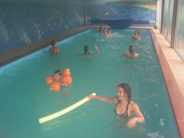 Parc Résidentiel de Gites au calme-piscine chauff - Le Ham