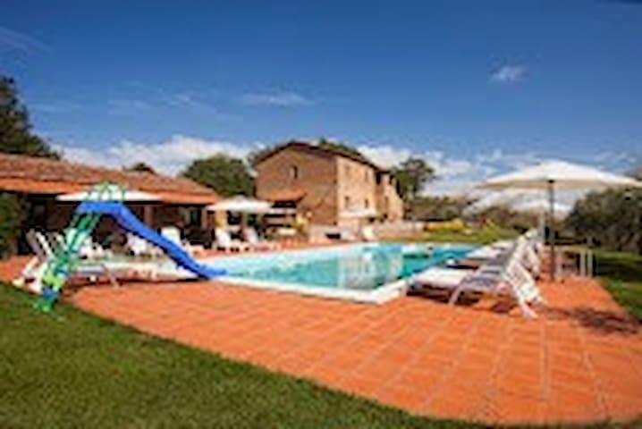 Piscina - The perfect Tuscan Spot - Ponte D'arbia - Apartemen