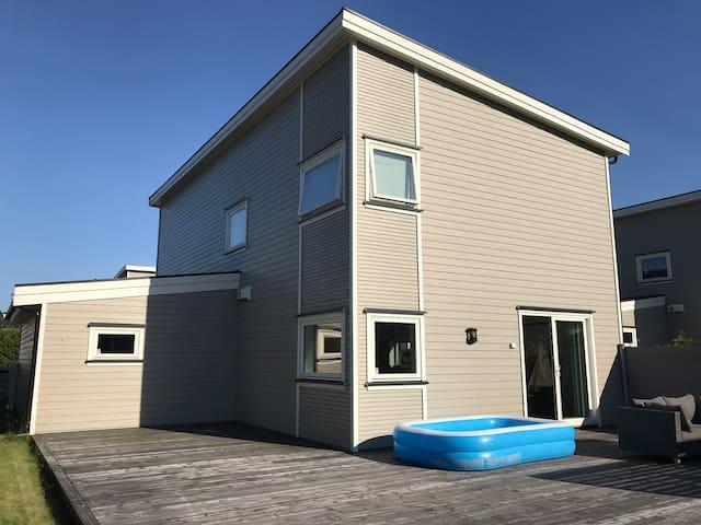 Strøkent hus nær Tønsberg - god standard