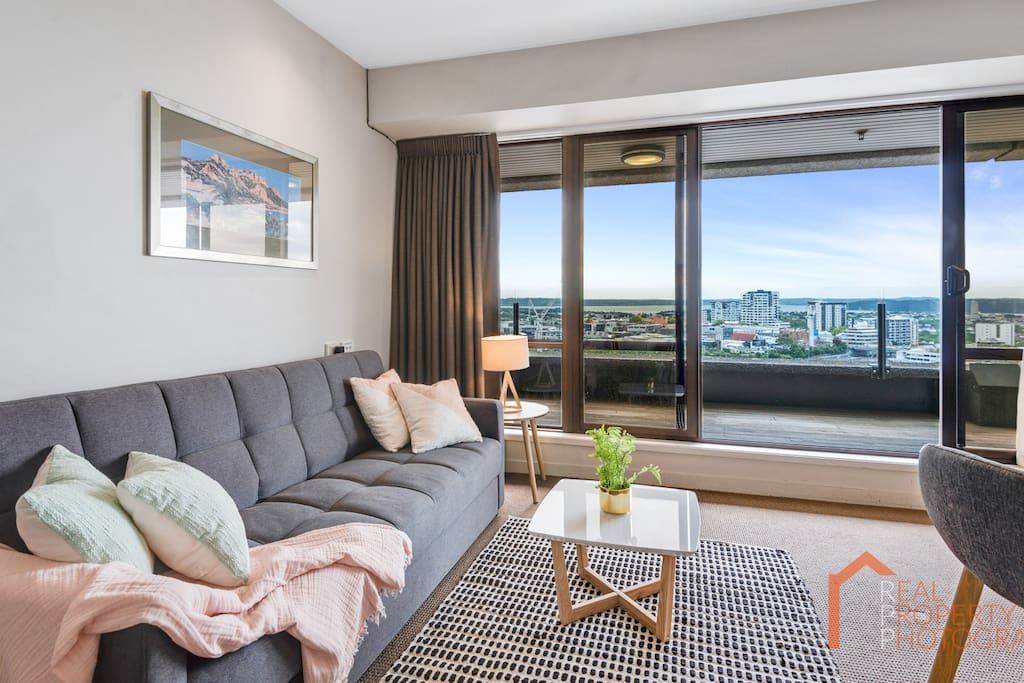I stayed in the penthouse room for a few nights and was blown away by the view and the high class of the room. Incredible value and any issues were handled with courtesy and promptness. - Jamie