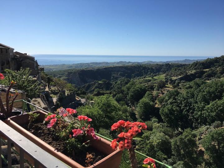 Vacanza Rurale nel Borgo,  immersi nella natura