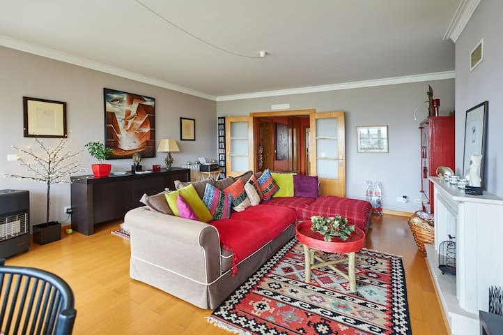 Wonderful Room with Sea View - Estoril - Apartment