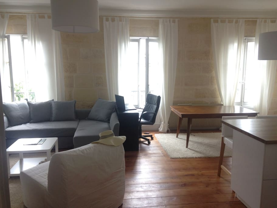 Apartement au coeur de bordeaux appartements louer for Louer un appartement sur bordeaux