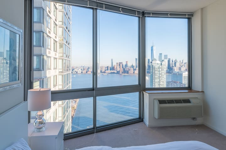 Spacious luxury 2B2BA Apt, Spectacular Views-MS-2B
