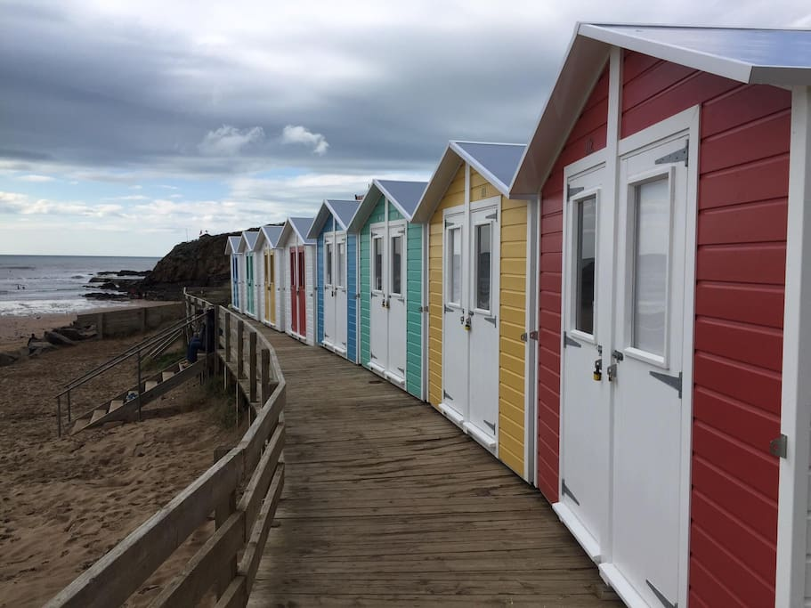beach huts at summerleaze - available for daily hire