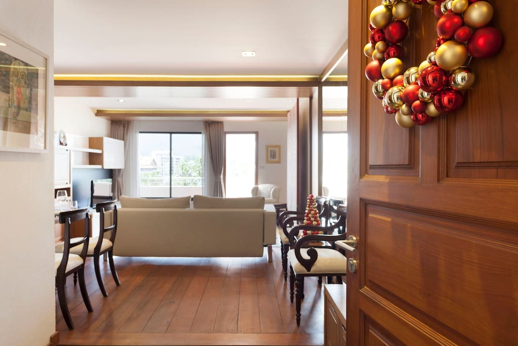 Our apartment welcomes you to the new height of Luxury in Chieng Mai.