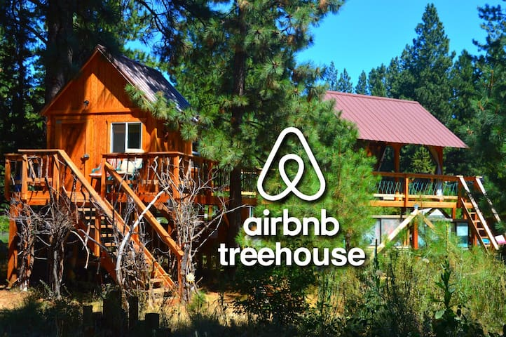 Treehouse*Floating Bed*Sleep by bubbling river*