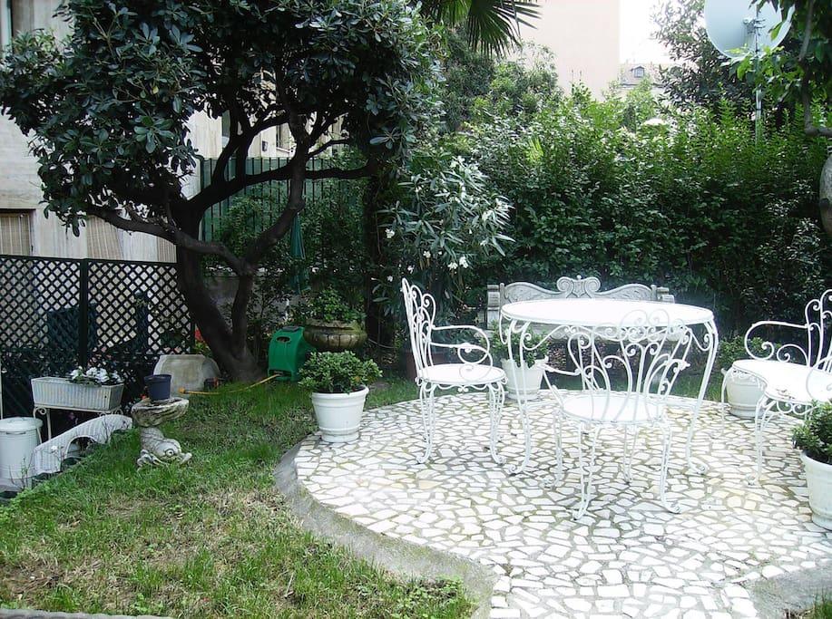 Giardino privato con ingresso indipendente